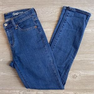 GAP 1969 Girlfriend Jeans Medium Indigo - 24